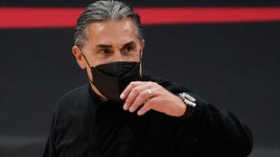 Sergio Scariolo durante su segundo partido como entrenador jefe de los...