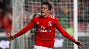 Franco Cervi celebra un gol con el Benfica