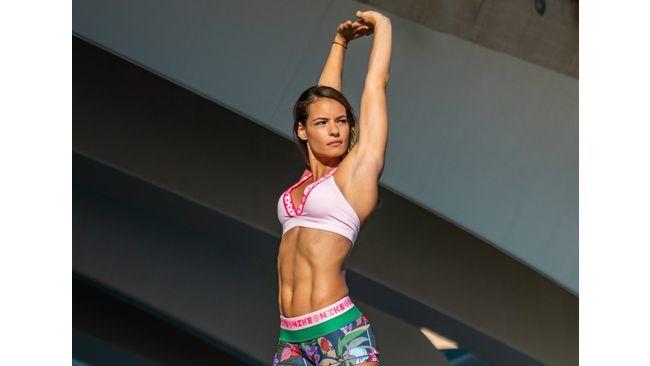 Crossfit en casa: los mejores ejercicios para entrenar y ganar músculo en el salón