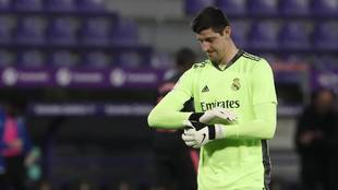 Courtois se pone los guantes ante el Valladolid.