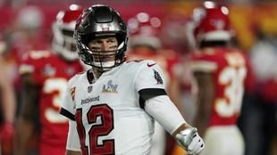 Tom Brady y Tampa Bay empiezan las negociaciones para renovar su contrato