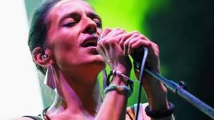 La cantante Bebe, durante una actuación