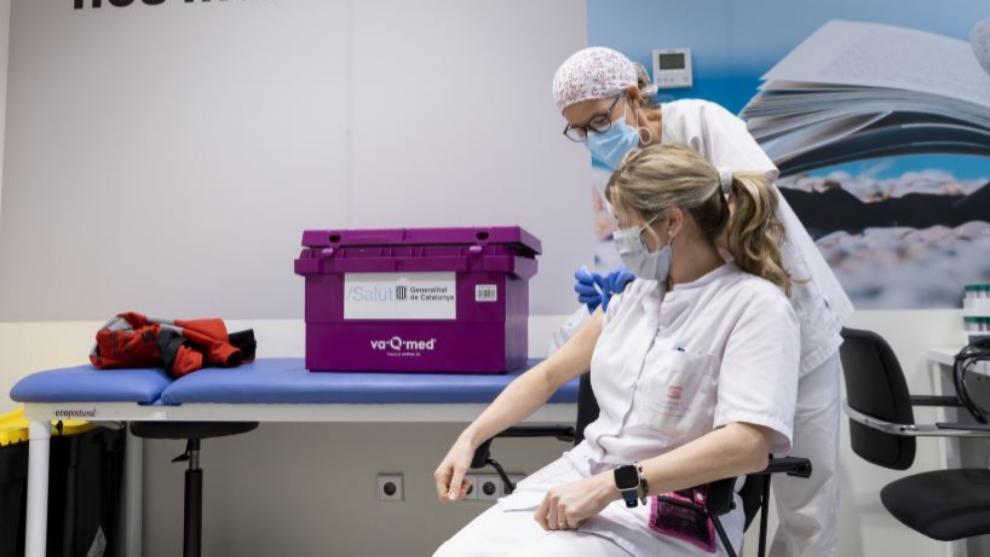 El personal de Seat recibe la primera dosis de la vacuna