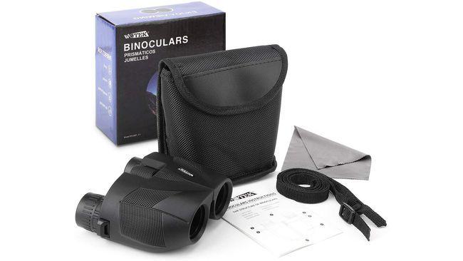 Una webcam, unas zapatillas Converse al 40%, una barra para hacer dominadas y otros chollos de Amazon