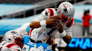 NFL New England Patriots renuevan con Cam Newton.