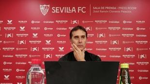 Julen Lopetegui (54), entrenador del Sevilla, en rueda de prensa.