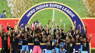 El Mumbai City celebra el título de la Superliga india.