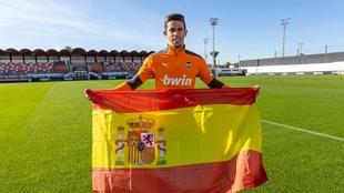 Paulista no puede ser convocado por Luis Enrique aunque tenga pasaporte español