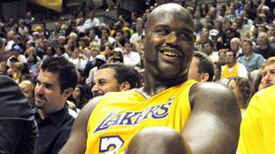Shaquille O'Neal durante un partido con los Lakers