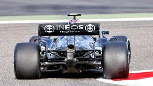 El Mercedes W12 Performance, en Bahréin.