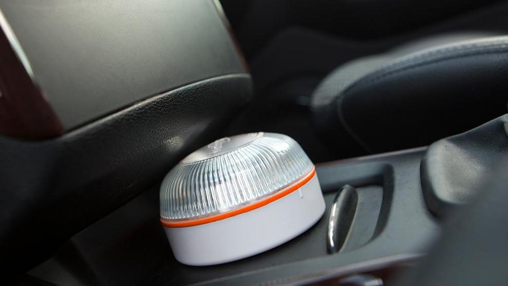 Help Flash es una marca gallega que ofrece varias versiones de la luz de emergencia.