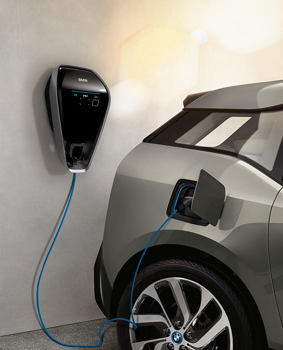 BMW no creará una red de cargadores propia, como Tesla o Porsche.