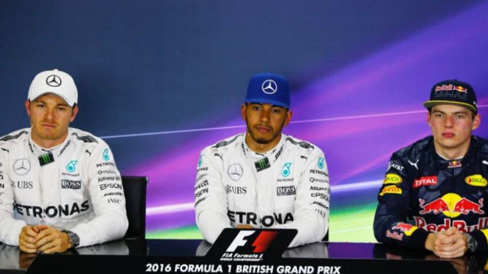 Rosberg, Hamilton y Verstappen, antes del GP de Gran Bretaña 2016.