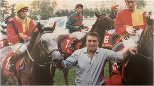 Lorenzo Sanz con 'Madrileño', con José Luis Martínez con...