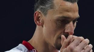 Ibrahimovic, con gesto de concentración.