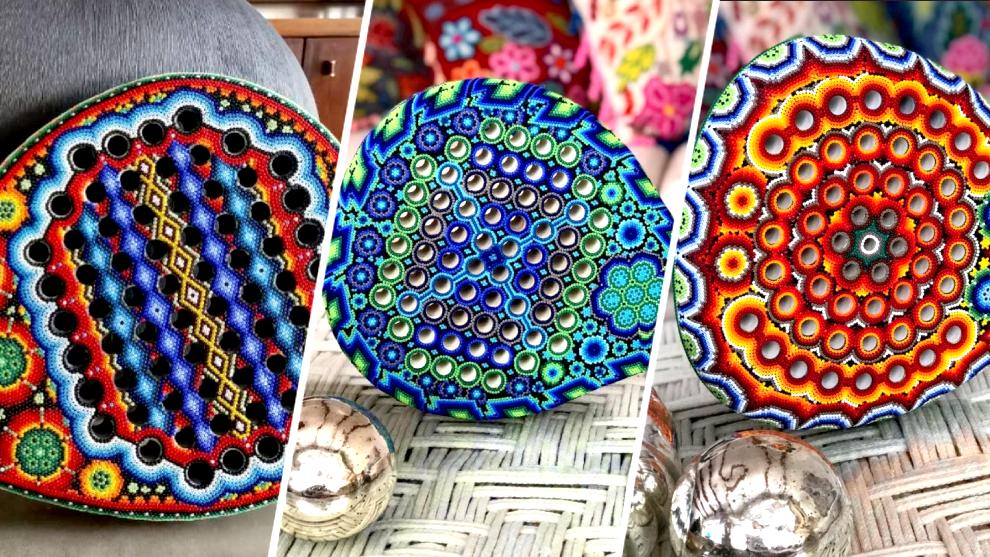 Raquetas con diseños huicholes   @anamariacabrejas