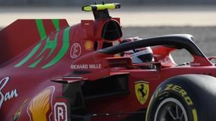Leclerc, con el Ferrari SF21, durante el Gran Premio de Bahréin.
