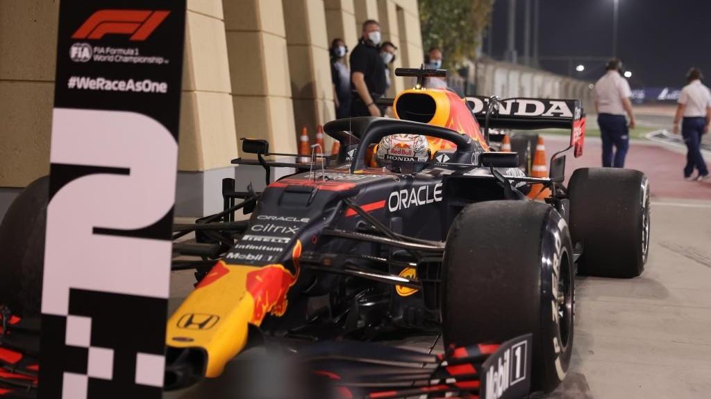 Verstappen aparca en la plaza para el segundo al final del GP de...