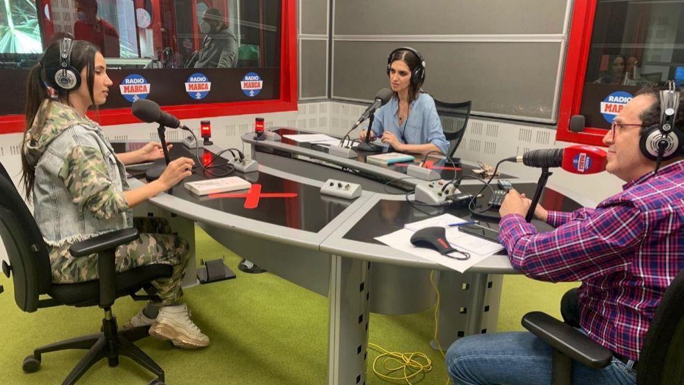India Martínez junto a Vicente Ortega y Sara Carbonero en T4