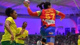 Paula Valdivia, en un partido con la selección española /