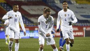 Griezmann celebra su gol a Bosnia.