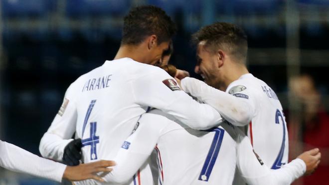 Griezmann festeja el triunfo de Francia ante Bosnia.