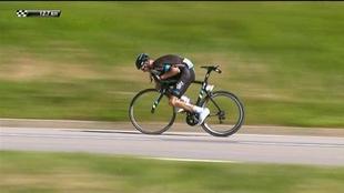 Chris Froome bajando el Peyresourde en el Tour de Francia de 2016.