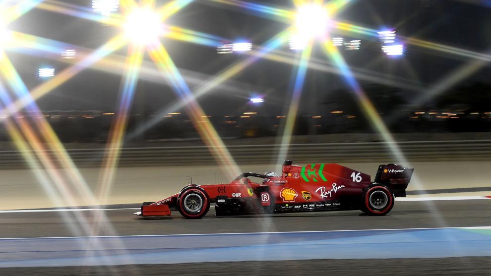 Leclerc, en el circuito de Sakhir.