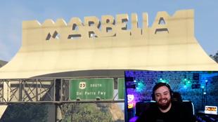 Ibai Llanos mostrando Marbella Vice