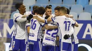 Peybernes es felicitado tras el gol al Mirandés, partido en el que...