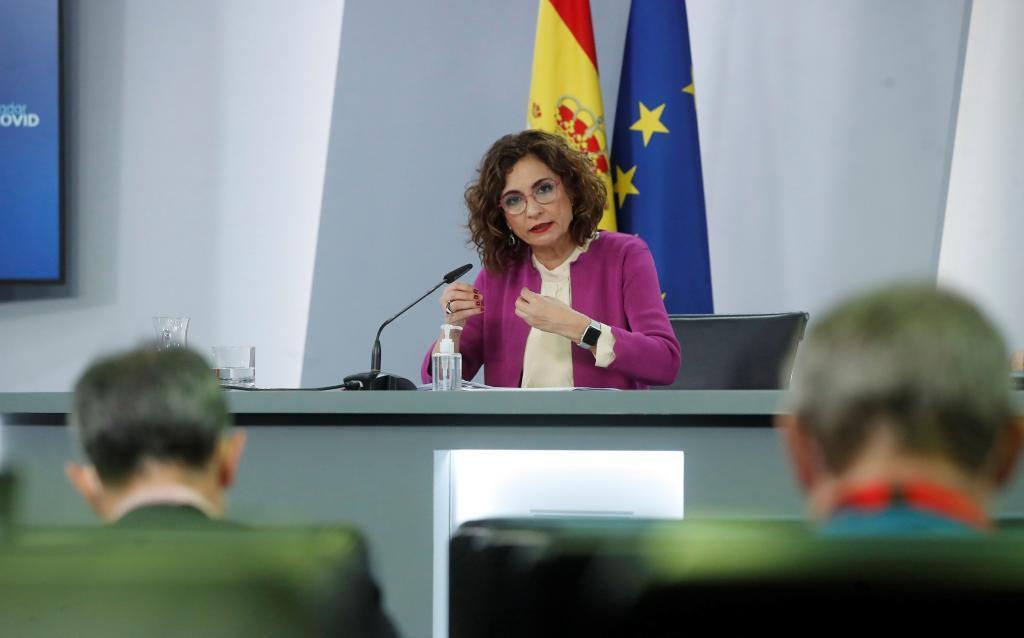 a ministra de Hacienda y portavoz del Gobierno, María Jesús Montero /