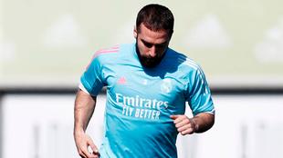 Carvajal, durante el entrenamiento del Real Madrid