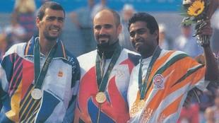 Los medallistas de Atlanta 96. Sergi Brugura, André Agassi y Leander...