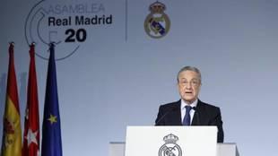 Florentino Pérez, en la Asamblea del Real Madrid.