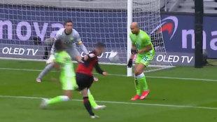 Jovic scores for Frankfurt