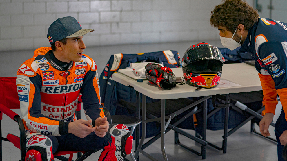Marc conversa con Santi Hernández.
