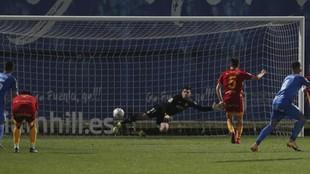 Tejero anota el gol de la victoria ante el Fuenlabrada.