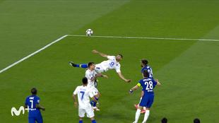 ¿Mejor chilena que la de Cristiano en Turín? El espectacular gol de Taremi en Sevilla