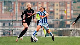 Lucía Rodríguez, jugando con la Real contra el Real Madrid.