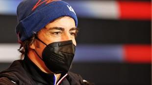 Fernando Alonso, en la rueda de prensa del GP de Emilia Romagna en...