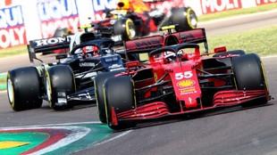 Carlos Sainz, durante los entrenamientos libres disputados hoy en...