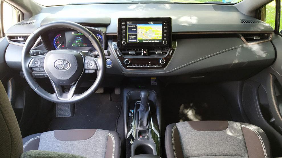 Toyota Corolla Touring Sports Trek prueba