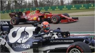 Pole para Hamilton, bajonazo para Sainz y Alonso
