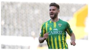 Mario González celebra un gol contra el Vitória Guimaraes.