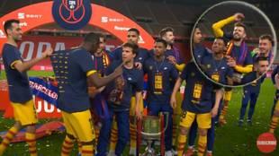 """Dembélé fue a hacer una broma y se llevó esta contestación sobre su precio de Piqué: """"Si tú..."""""""