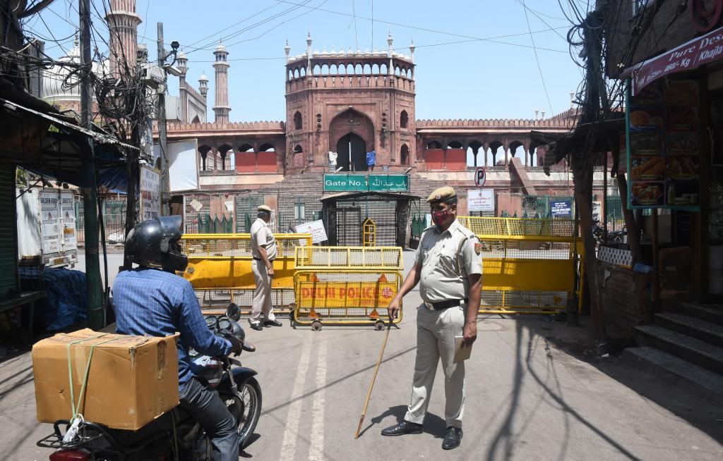 Confinamiento en India por recrudecimiento de la pandemia del coronavirus