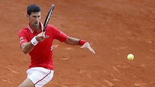 Novak Djokovic, en el partido ante Sinner en Montecarlo.