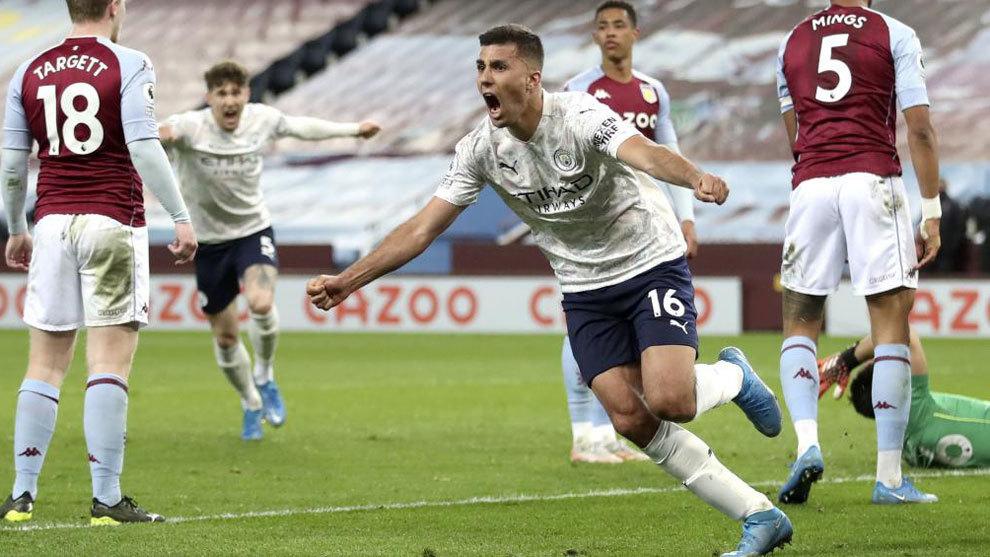 Rodrigo celebra su gol al Aston Villa.