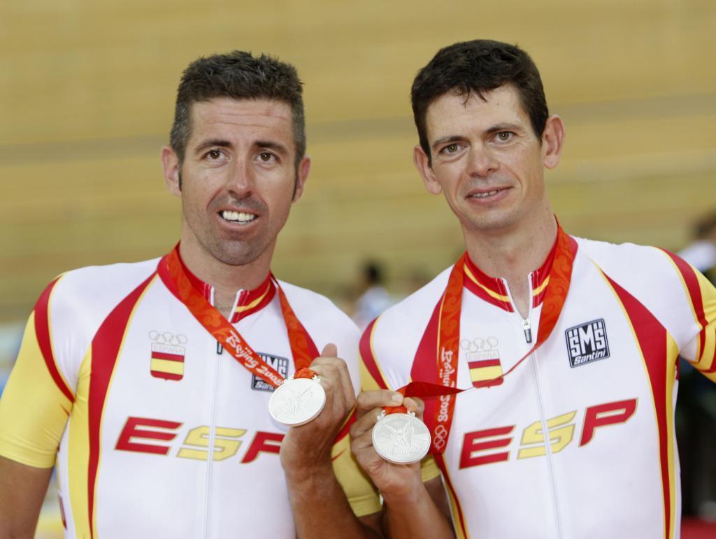 Llaneras y Tauler, con su medalla de Pekín