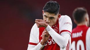 Edson Álvarez rescató un punto para el Ajax en su partido frente al...
